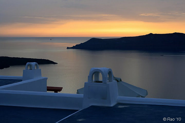 What makes Oia so special?