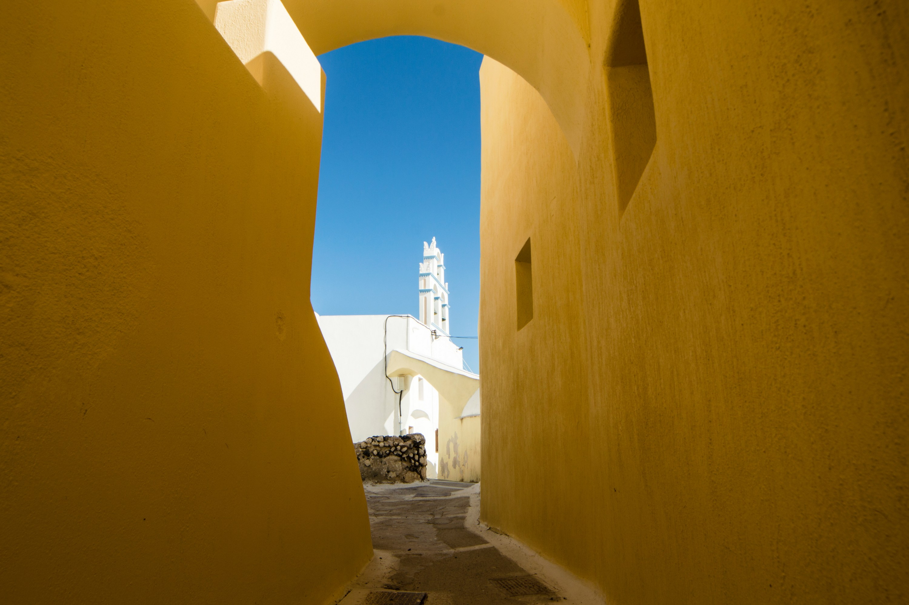Unlock the secrets of Santorini's hinterland